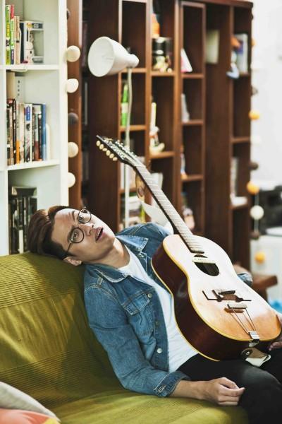 李拾壹:我堅信《香港傑出廢青》一曲所訴說,不須有甚麼宏願,忠於自己,「這個我就算很廢,仍熱血過權威」。