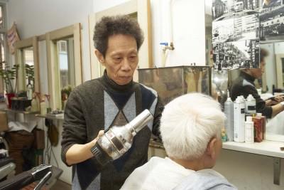 上海理髮店的「全套服務」