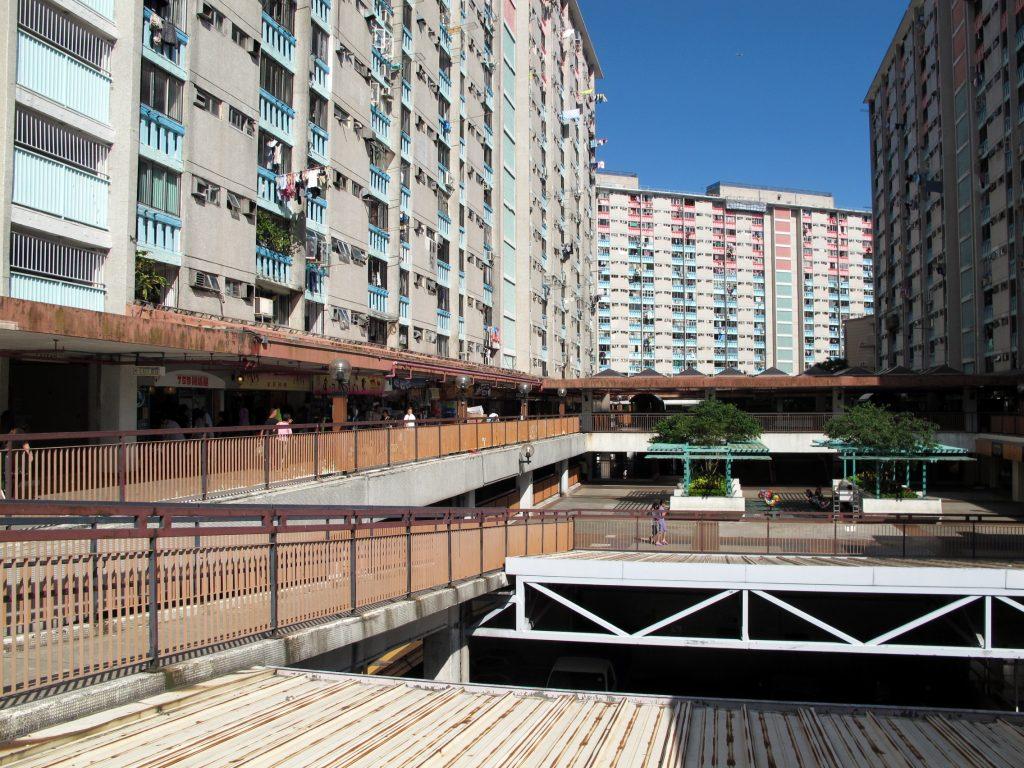 Shun_Lee_Estate_Courtyard_201308